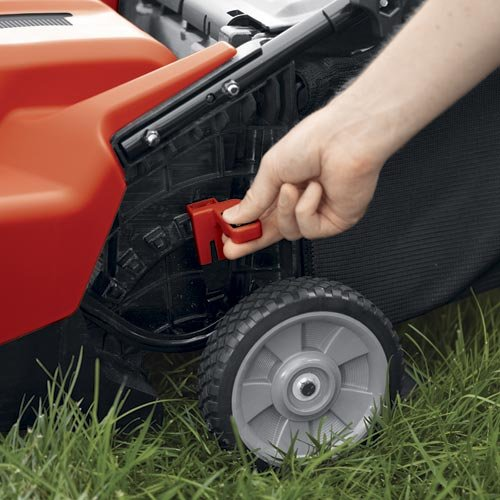 Black & Decker CM1836 wheel adjust